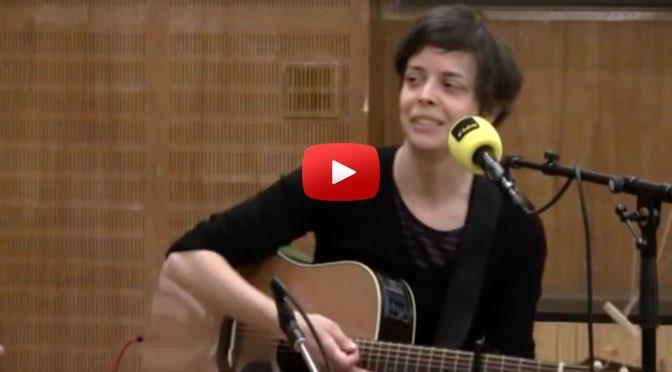 Beitragsbild - Musik zum Wochenende - Clara Luzia - The Waving Ones