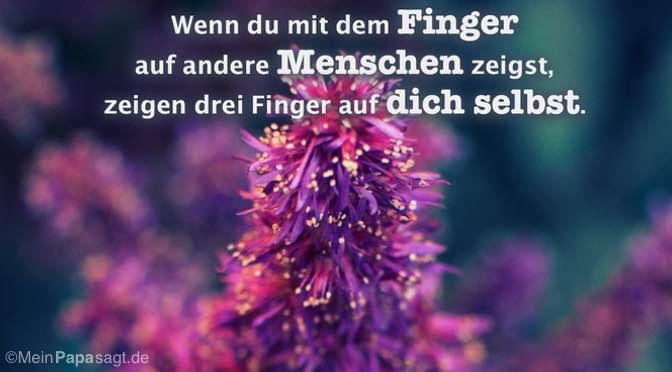 Wenn du mit dem Finger auf andere Menschen zeigst…