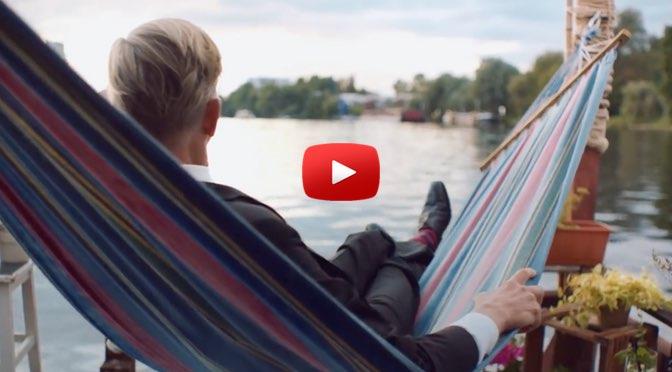 Max Raabe – Der perfekte Moment… wird heut verpennt – </br>Musik zum Wochenende